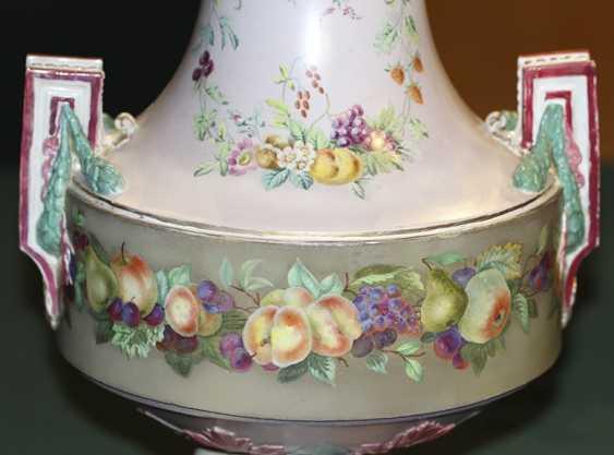 Vase with floral decor, Imperial porcelain factory - photo 3