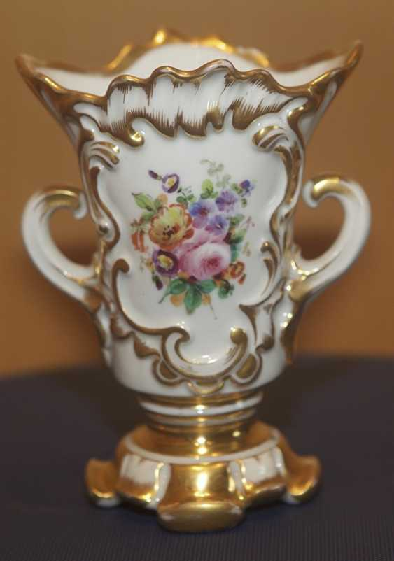 Vase with flowers by the children's service. The Imperial porcelain factory - photo 1