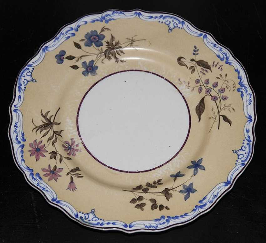 Plate with flowers. IPE - photo 1
