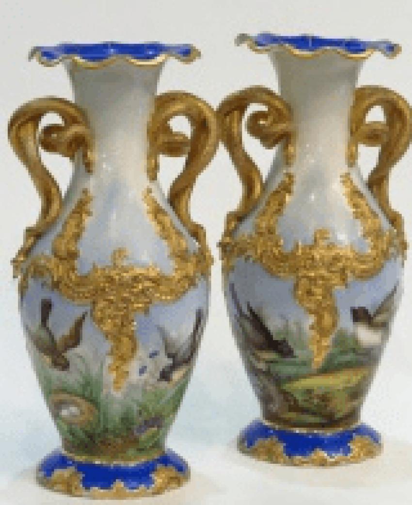 Pair of vases, China 19th century - photo 1