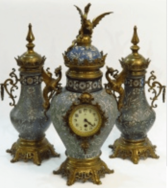 Watch with a pair of vases 19th century - photo 2