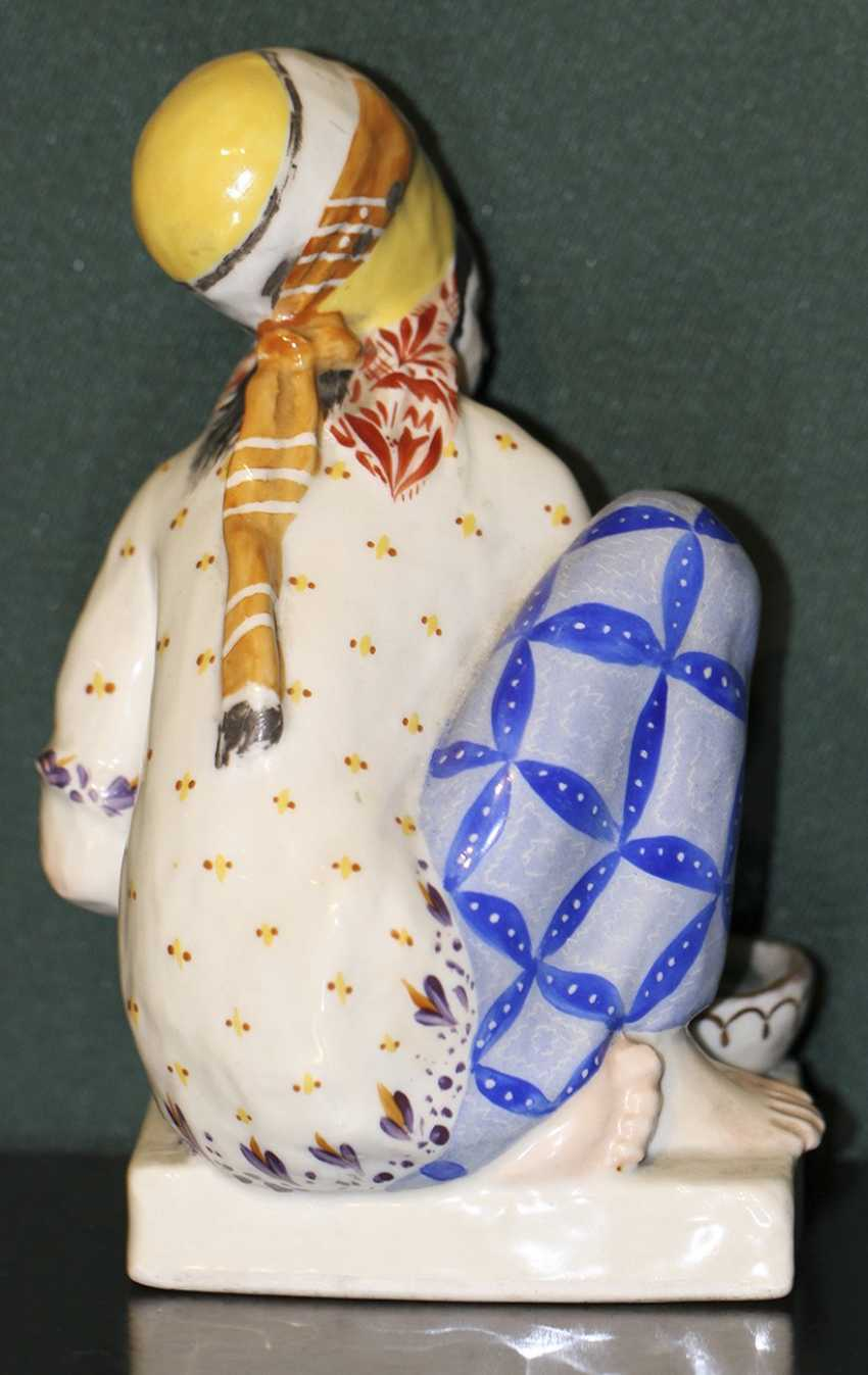 "Sculpture (statue) ""Turkmen laundress"", N. Muratov - photo 3"