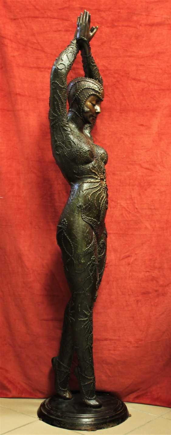 "The sculpture ""Dancer"", the twentieth century - photo 4"