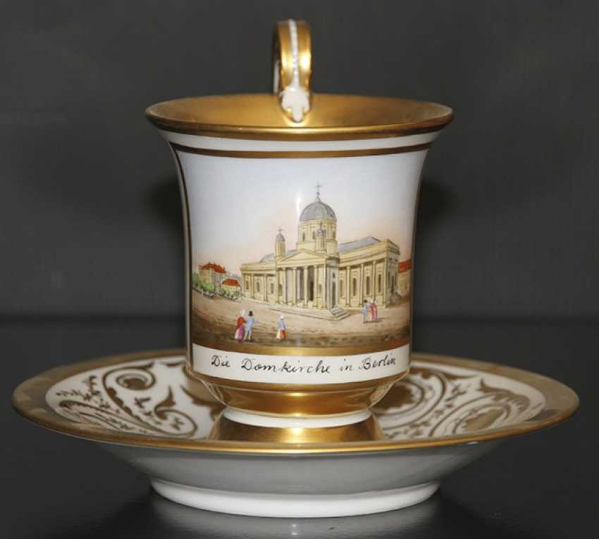 Cup and saucer with views of the Church in Berlin, KPM, first third of the XIX century - photo 1