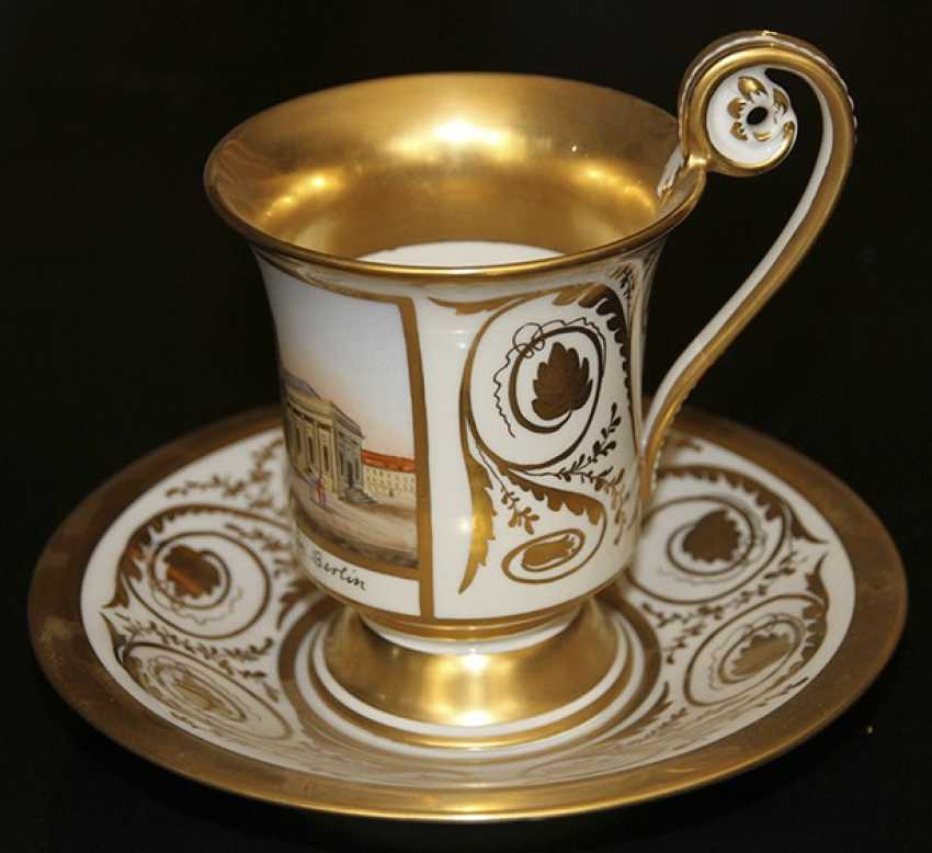 Cup and saucer with views of the Church in Berlin, KPM, first third of the XIX century - photo 3