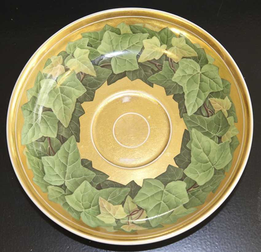Cup and saucer with a pattern of grape leaves, KPM, mid XIX century - photo 6