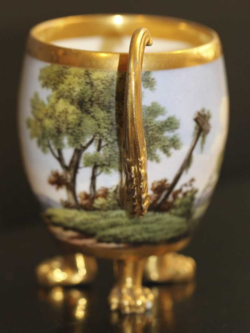 Cup and saucer with landscape, Western Europe, mid XIX century - photo 2