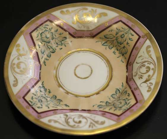 Cup and saucer with ornament, KPM, mid XIX century - photo 2