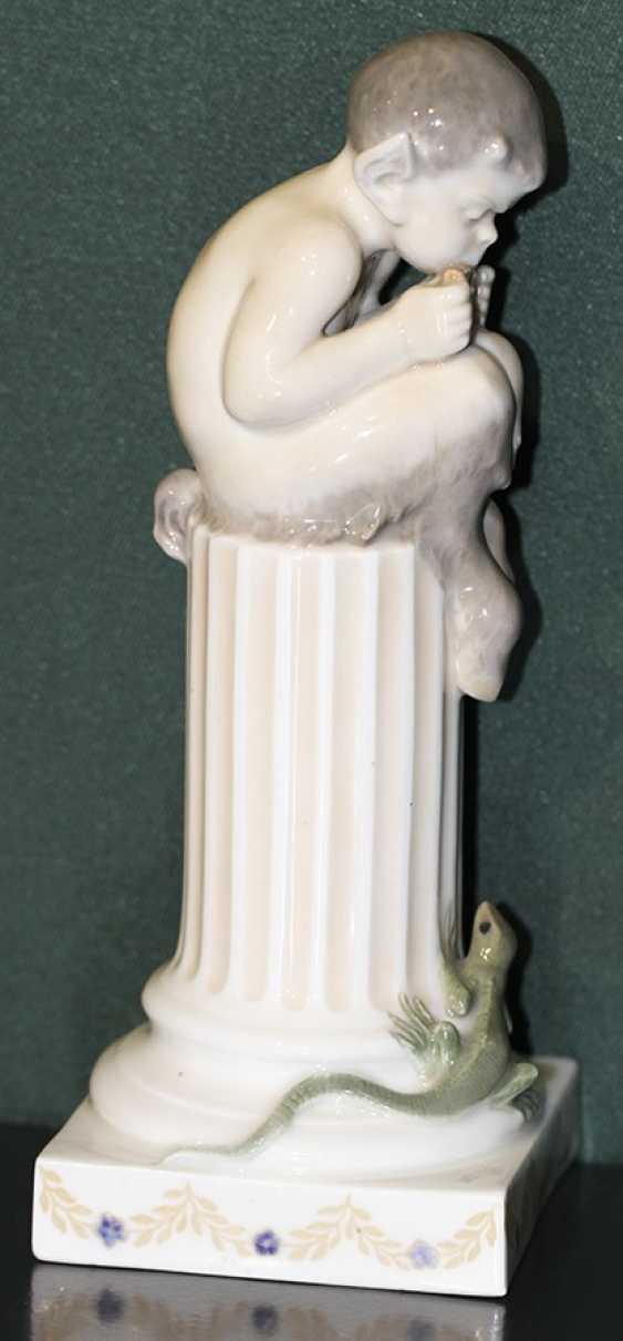 Decorative vase with ornament KPM (Berlin Royal manufactory), the middle of XIX century - photo 4