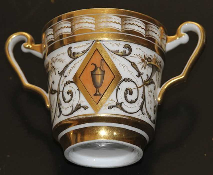 Cup and saucer ornament. Western Europe, first half of XIX century - photo 1
