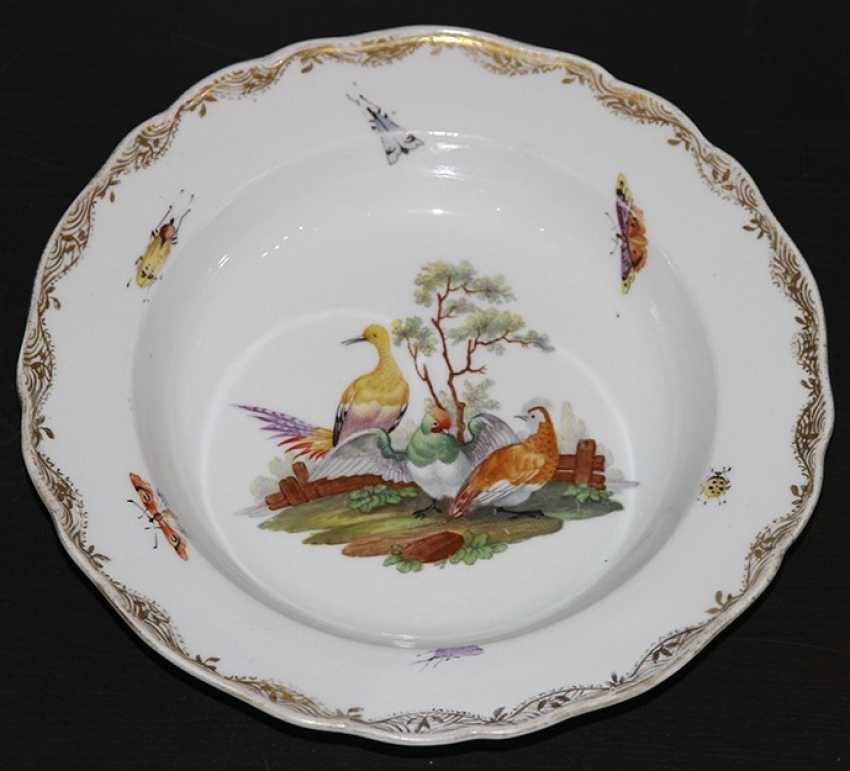 Plate with birds and flowers. The Meissen porcelain factory - photo 1