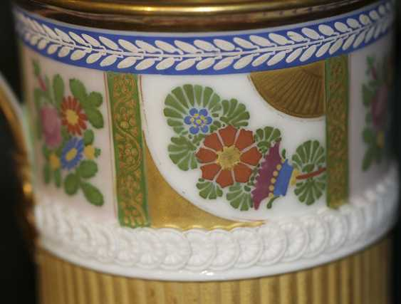 Cup with flowers and ornaments on lion's feet. Western Europe, first half of XIX century - photo 5
