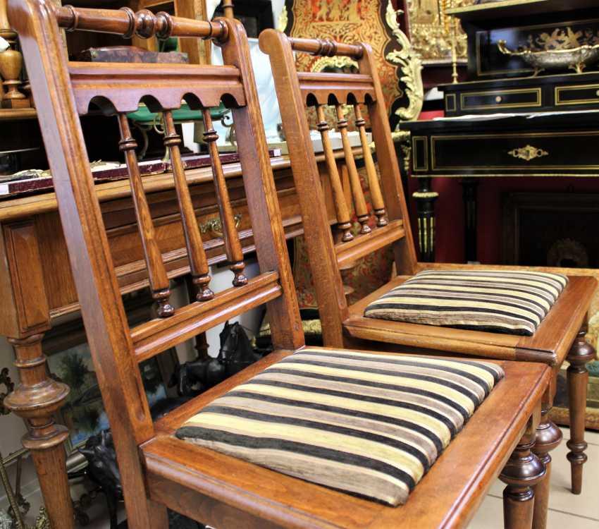 Pair of chairs in walnut, 1-I half of XX century - photo 4