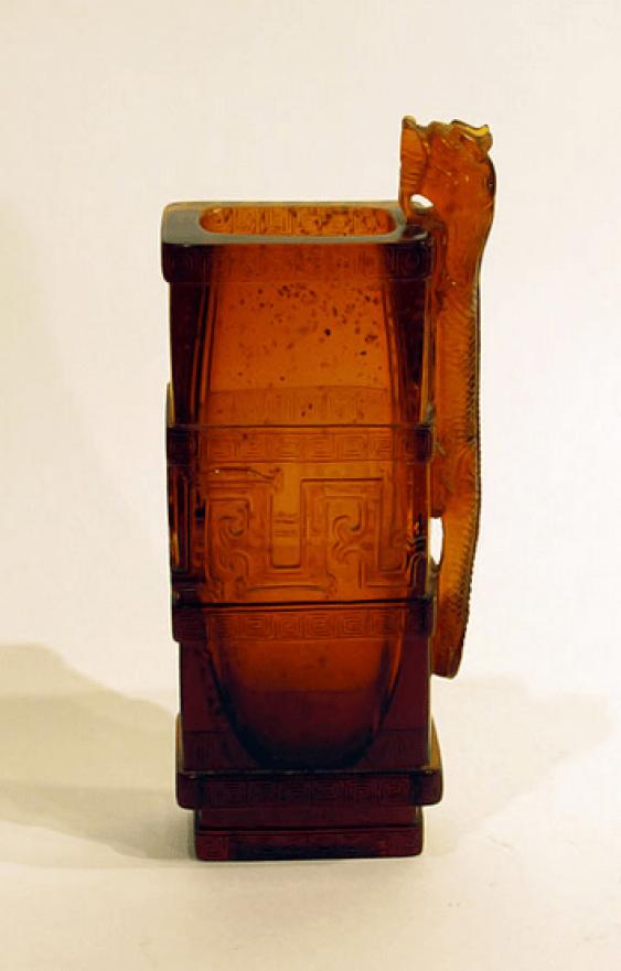 Vase «Dragon»de la Chine, verre - photo 1
