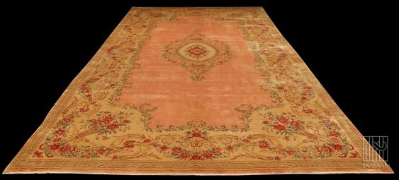 Antique Persian rug - photo 1