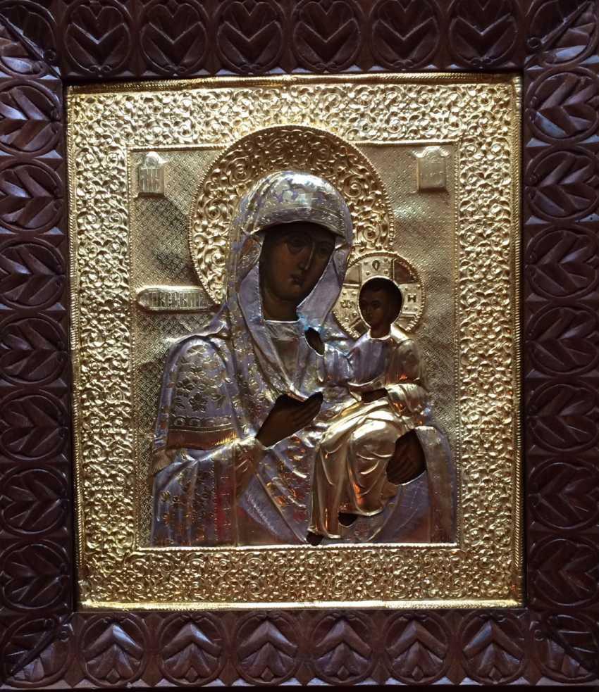"""Икона """"Иверская Пресвятая Богородица (Домохранительница)"""". Москва, 1883 г. - фото 1"""