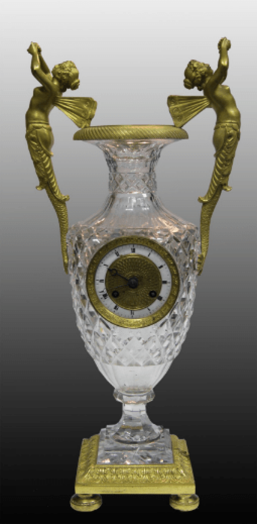 Watch vase with sylphs - photo 1