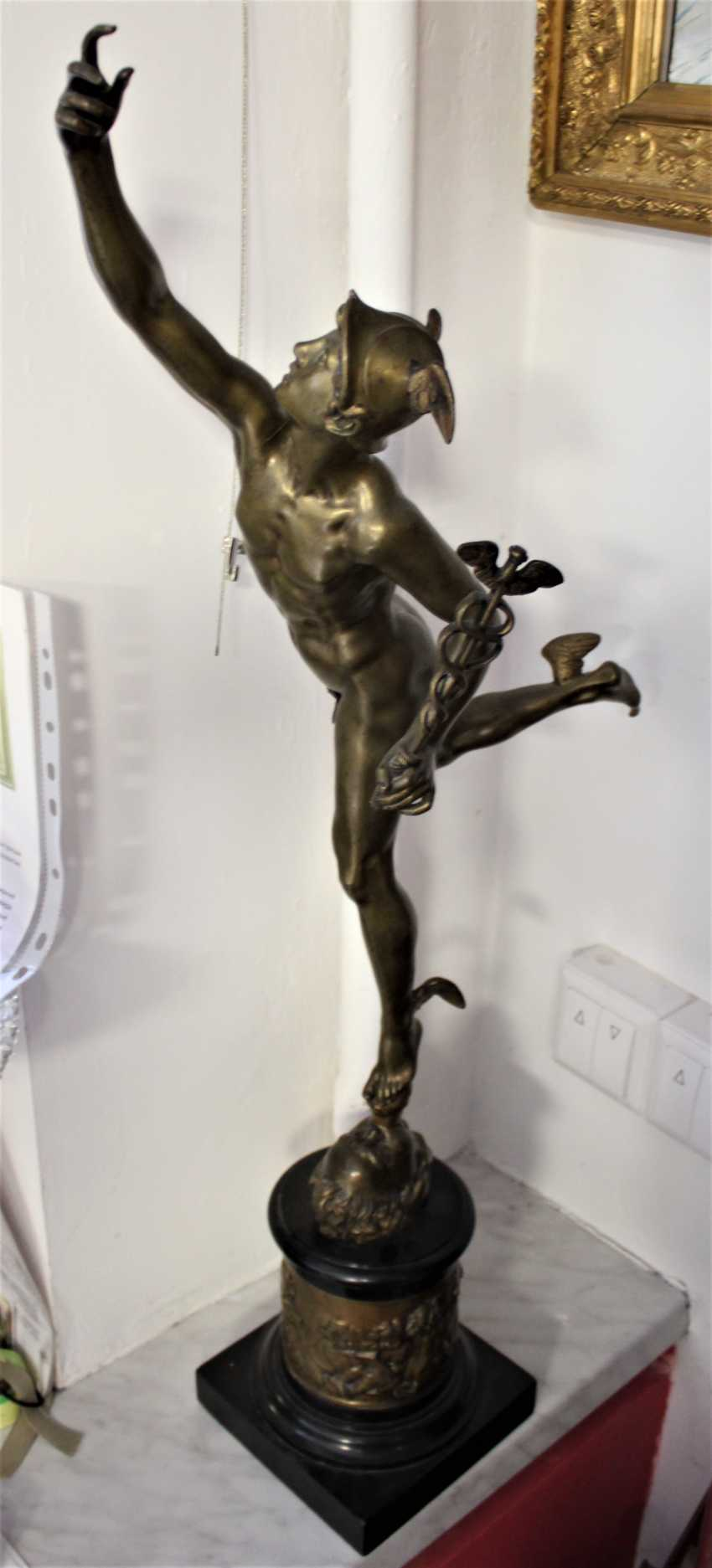 """The statuette """"swift-Footed mercury (the patron God of trade)"""", XIX century - photo 4"""
