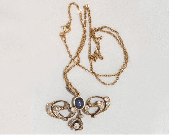 Pendant with diamonds and sapphire - photo 1