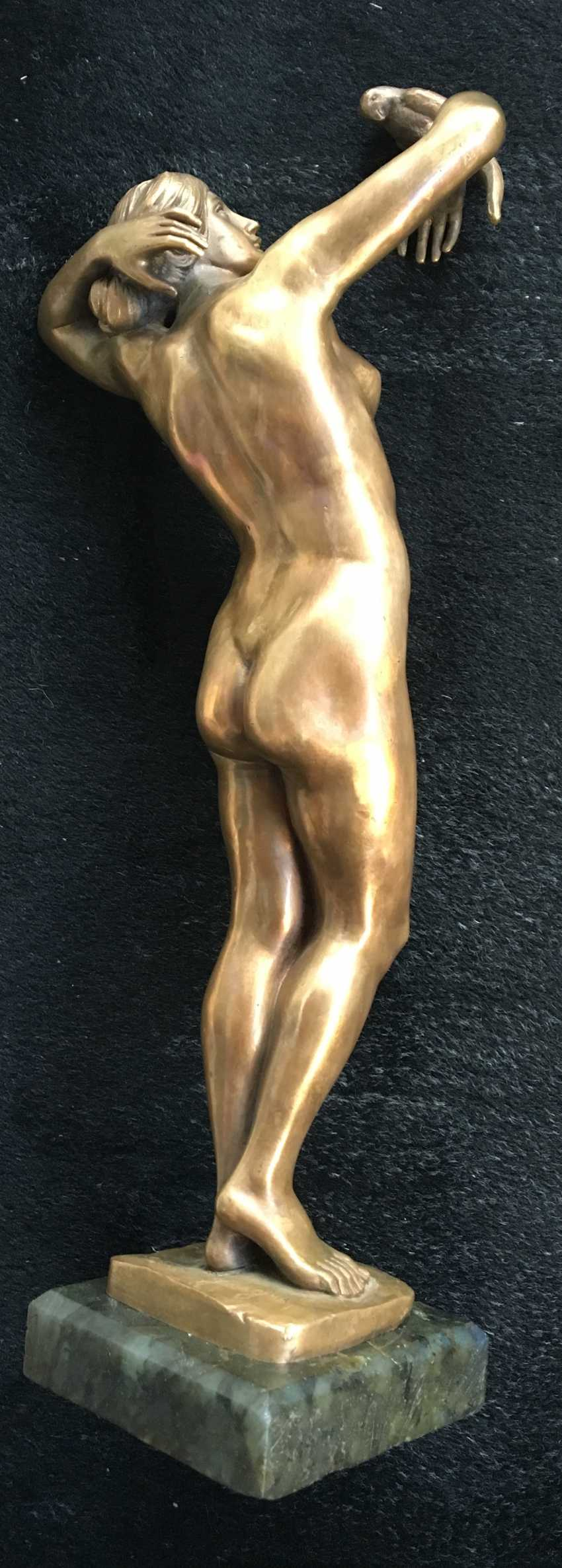 """The sculpture """"Nude with parrot"""", XIX - n. XX centuries. - photo 3"""