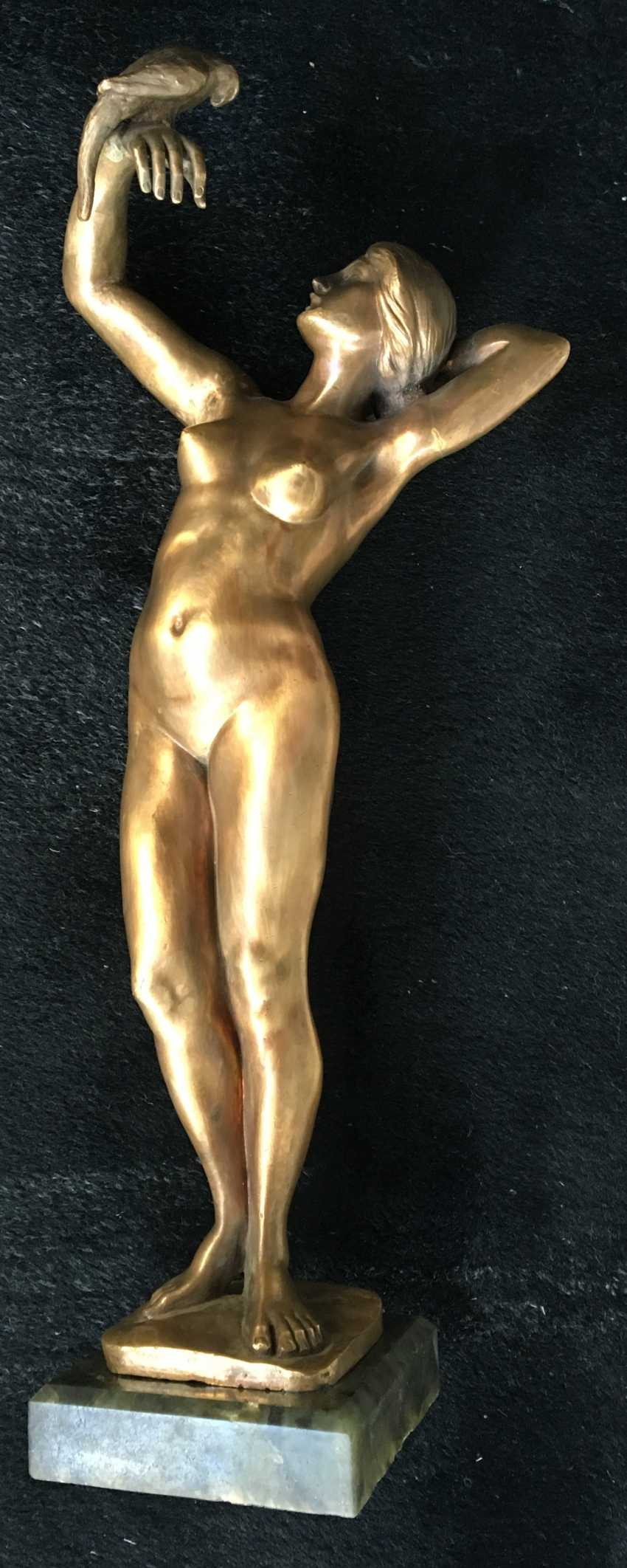 """The sculpture """"Nude with parrot"""", XIX - n. XX centuries. - photo 6"""