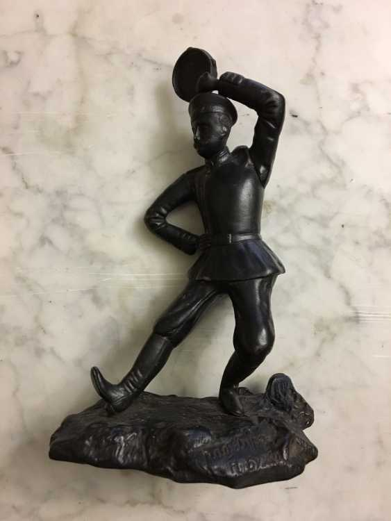 "The statuette ""Dancing soldiers, 1912 - photo 1"