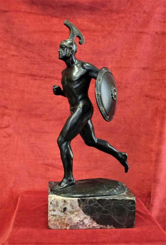 "Sculpture ""ancient Greek warrior with shield"", XIX century - photo 1"