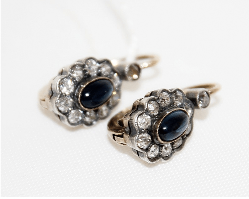 Earrings with sapphires and diamonds - photo 1