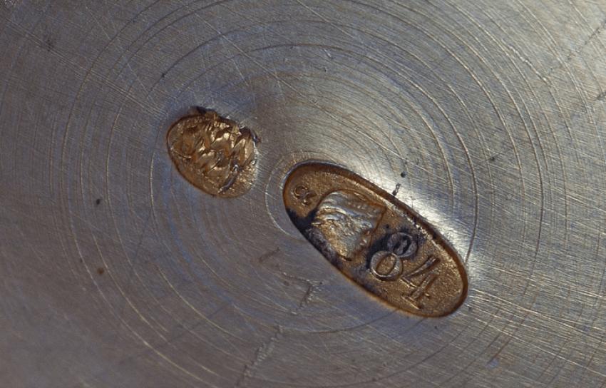 Powder box in enamel - photo 2