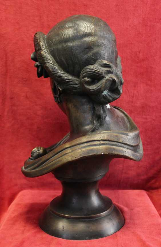 """The bust of the """"Lady with rose"""", 19th / 20th century - photo 2"""