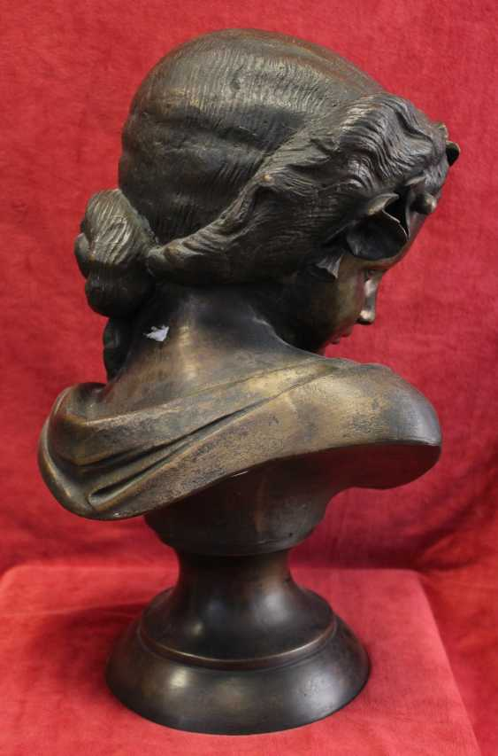 """The bust of the """"Lady with rose"""", 19th / 20th century - photo 3"""