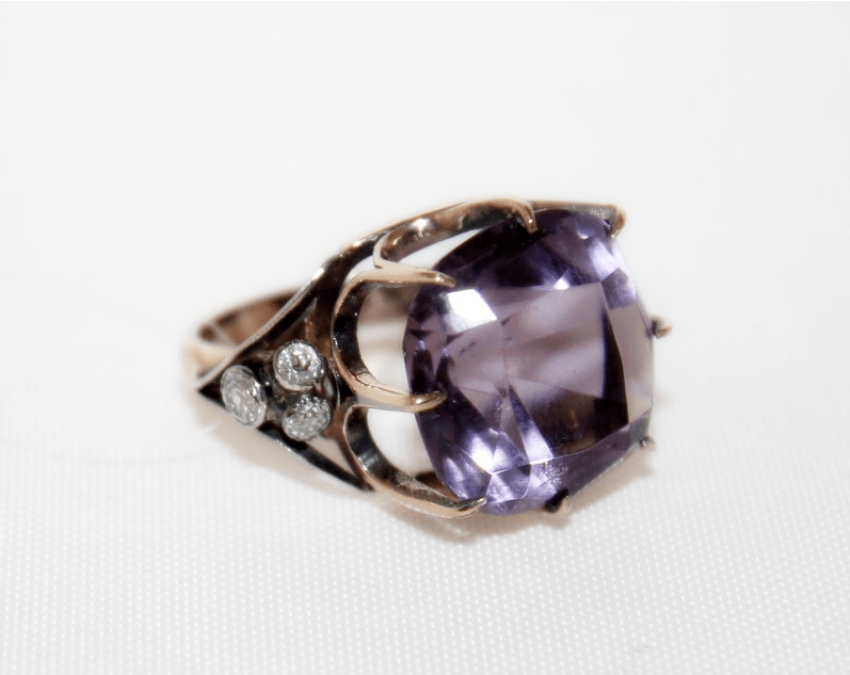 Ring with amethyst and diamonds - photo 2
