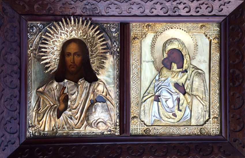 """Icon """"Wedding couple: Almighty and Fedorovskaya mother of God"""". Moscow, 1865 and 1872гг. - photo 1"""
