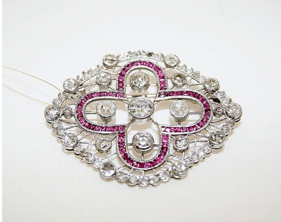 Brooch with diamonds and rubies - photo 1