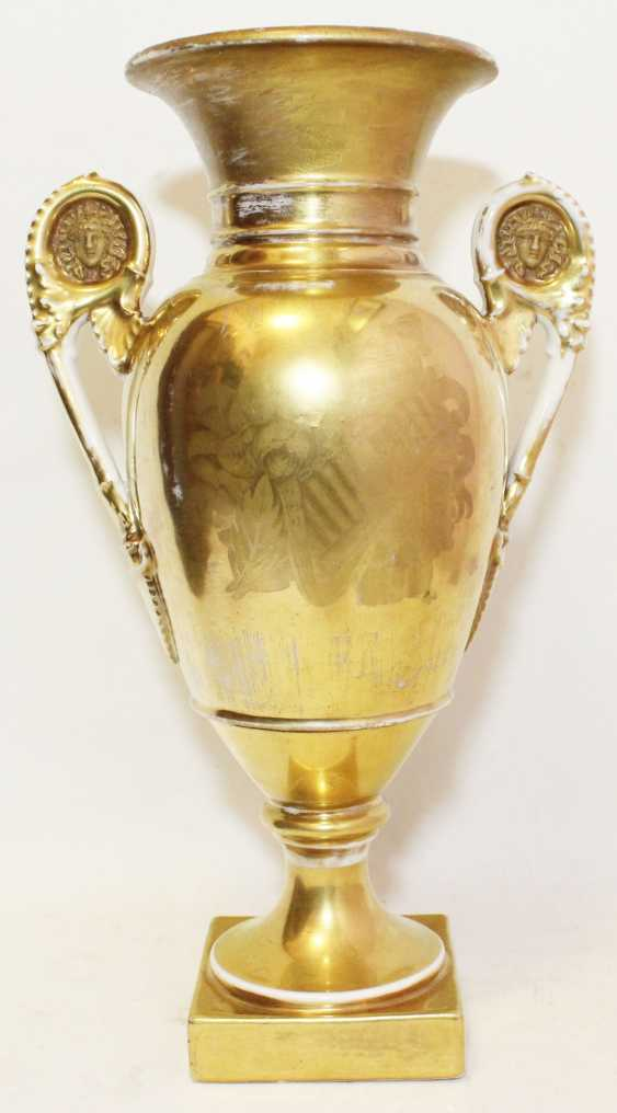 Vase in the neoclassical style - photo 2