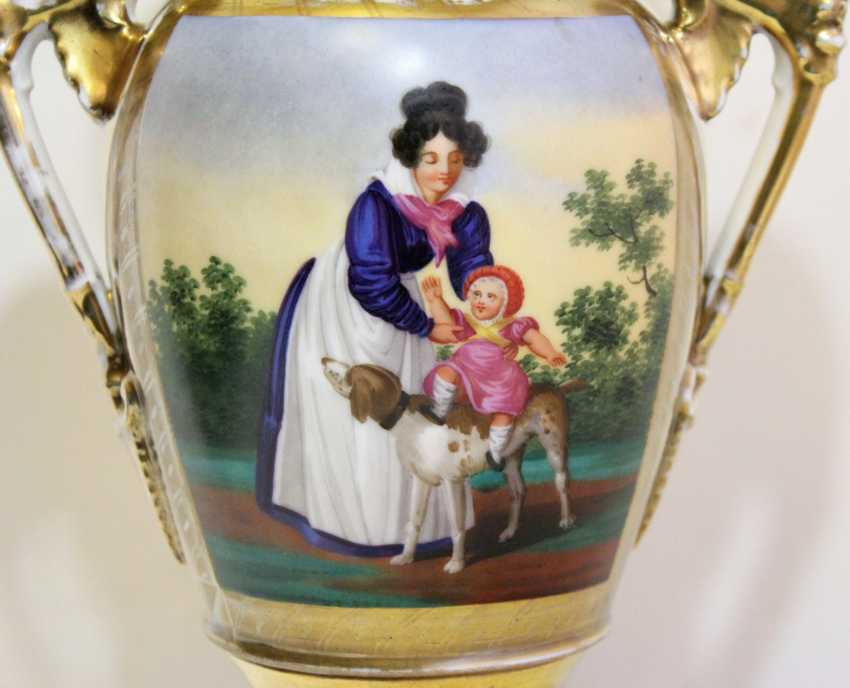 Vase in the neoclassical style - photo 3