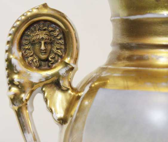Vase in the neoclassical style - photo 4