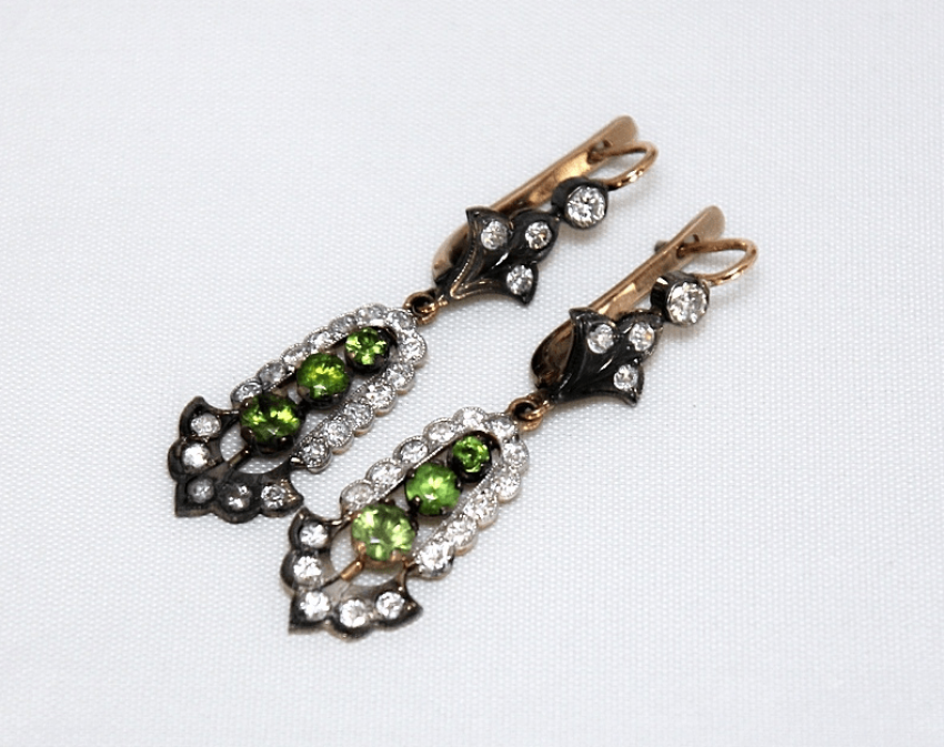 Earrings with diamonds and demantoids - photo 1