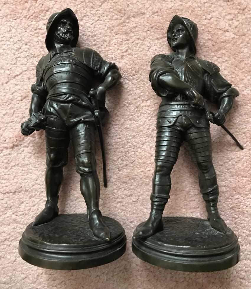 A pair of sculptures the Warriors. France, XIX century - photo 1