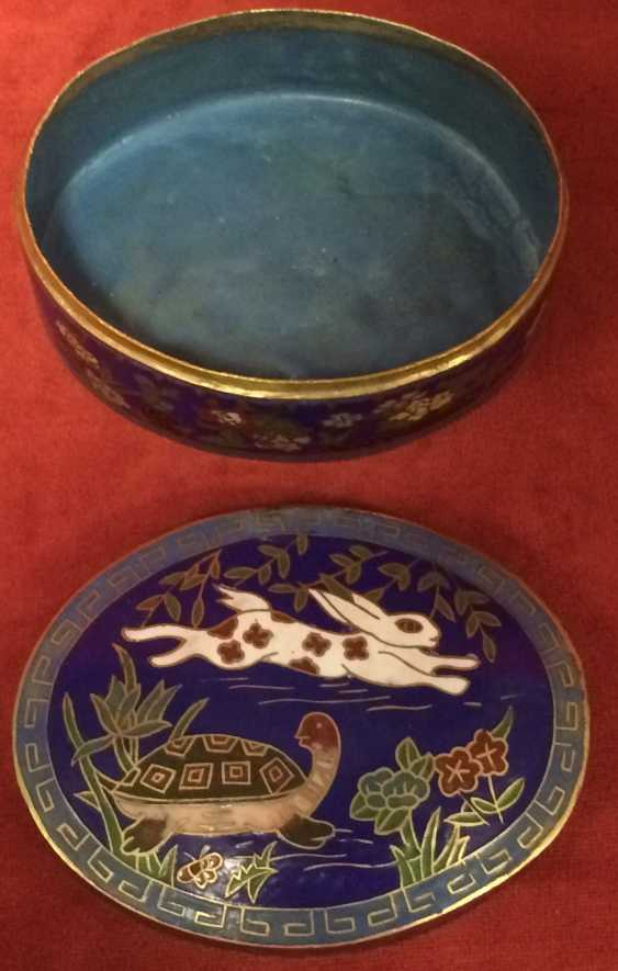 "Cloisonne. Box ""the tortoise and the Hare"". China, XX century. - photo 6"
