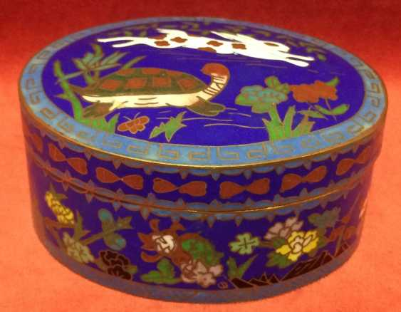 "Cloisonne. Box ""the tortoise and the Hare"". China, XX century. - photo 1"