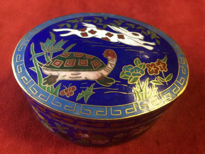 "Cloisonne. Box ""the tortoise and the Hare"". China, XX century. - photo 5"