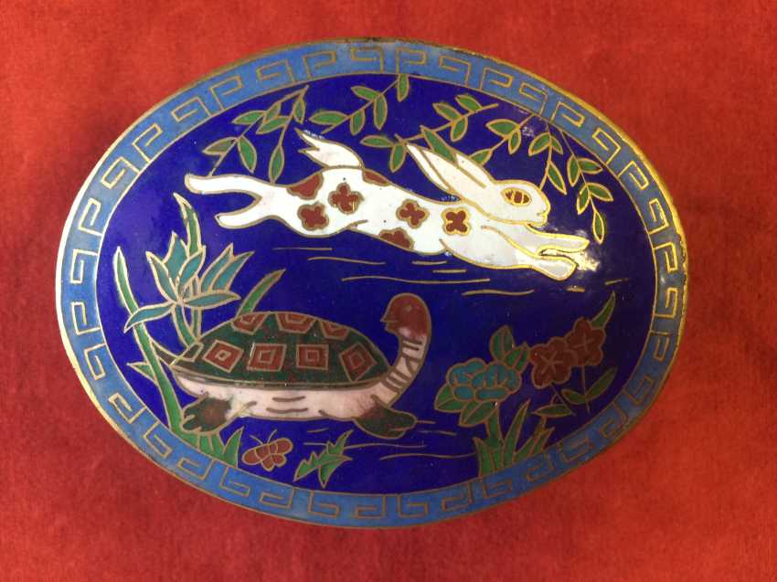 "Cloisonne. Box ""the tortoise and the Hare"". China, XX century. - photo 2"