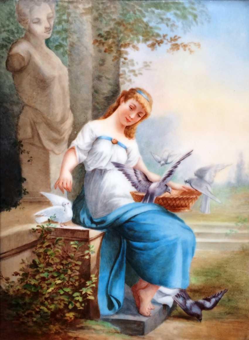 "Eugene Mathieu. The porcelain layer ""Girl and doves"", XIX century - photo 2"