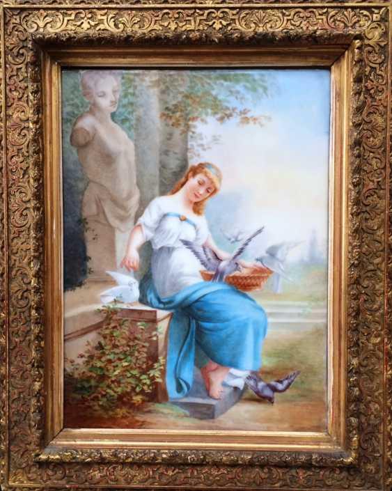 "Eugene Mathieu. The porcelain layer ""Girl and doves"", XIX century - photo 1"