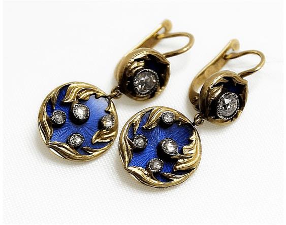 Earrings with diamonds and enamel - photo 1
