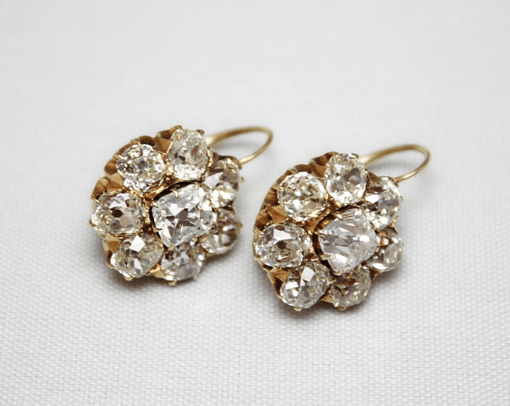 Ohrringe mit Diamanten - Foto 1