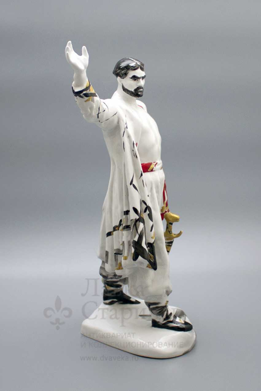 "The statuette ""Stepan Razin"", porcelain, LFZ, the sculptor E. P. Krupin, 1960-ies - photo 2"