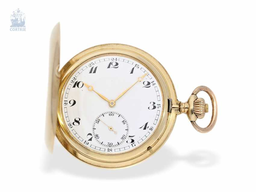Pocket watch: an exceptionally large and heavy, IWC gold savonnette, Schaffhausen, 1918 - photo 1
