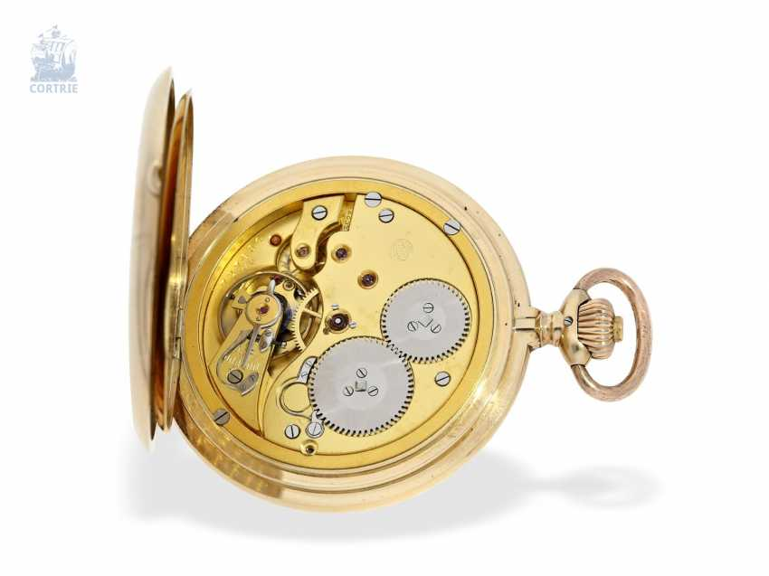 Pocket watch: an exceptionally large and heavy, IWC gold savonnette, Schaffhausen, 1918 - photo 2